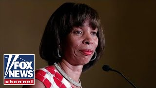 Baltimore\'s Dem mayor takes leave of absence amid scandal