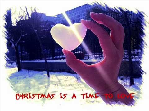 Christmas is a time to love Maranatha