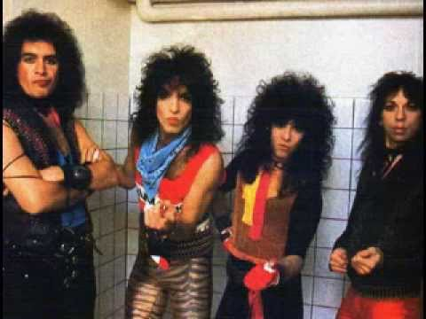Kiss lick it up video your