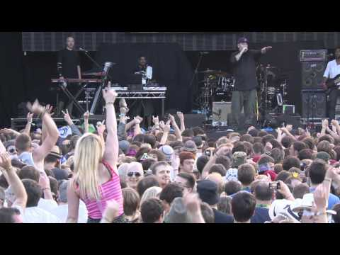 House of Pain - Jump Around // LIVE // Kendal Calling 2011