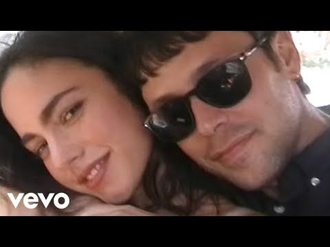 Lorenzo Fragola - Super Martina ft. Gazzelle (Official Music Video)