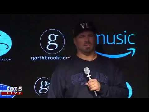 Garth Brooks and Trisha Yearwood hold presser ahead of concert