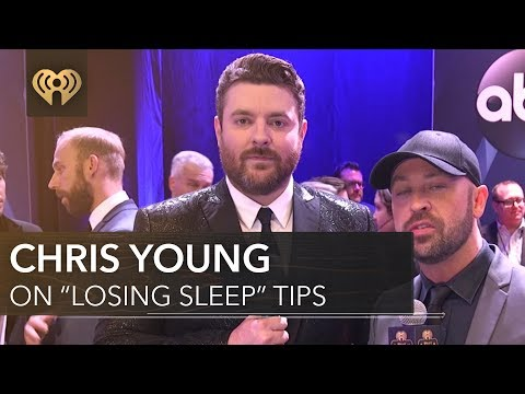 """Chris Young """"Losing Sleep"""" Tips   CMA Red Carpet"""