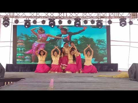 Indian Group Dance - Akaira 2k18 : tribute to Sridevi