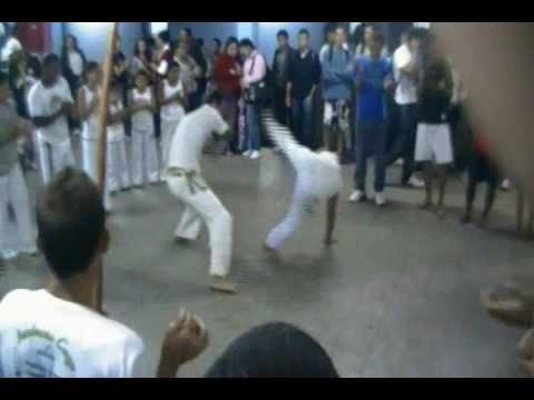 Roda de Capoeira colegio CEAV - Angra Dos Reis