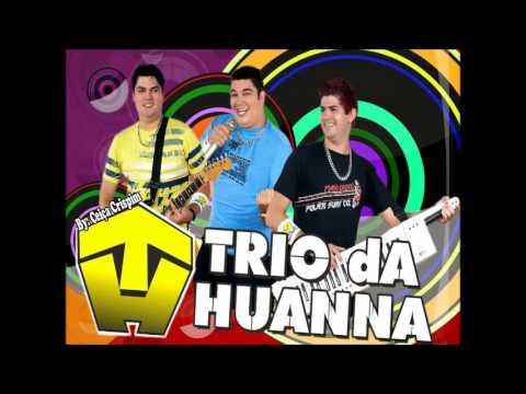 trio da huanna figurinha repetida