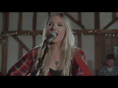 Vintage, Rock & Pop Wedding Band for Hire | Josie & The Ragdolls
