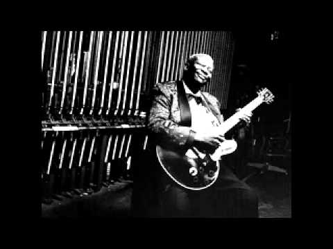 BB King & Paul Carrack  Bring It On Home to Me