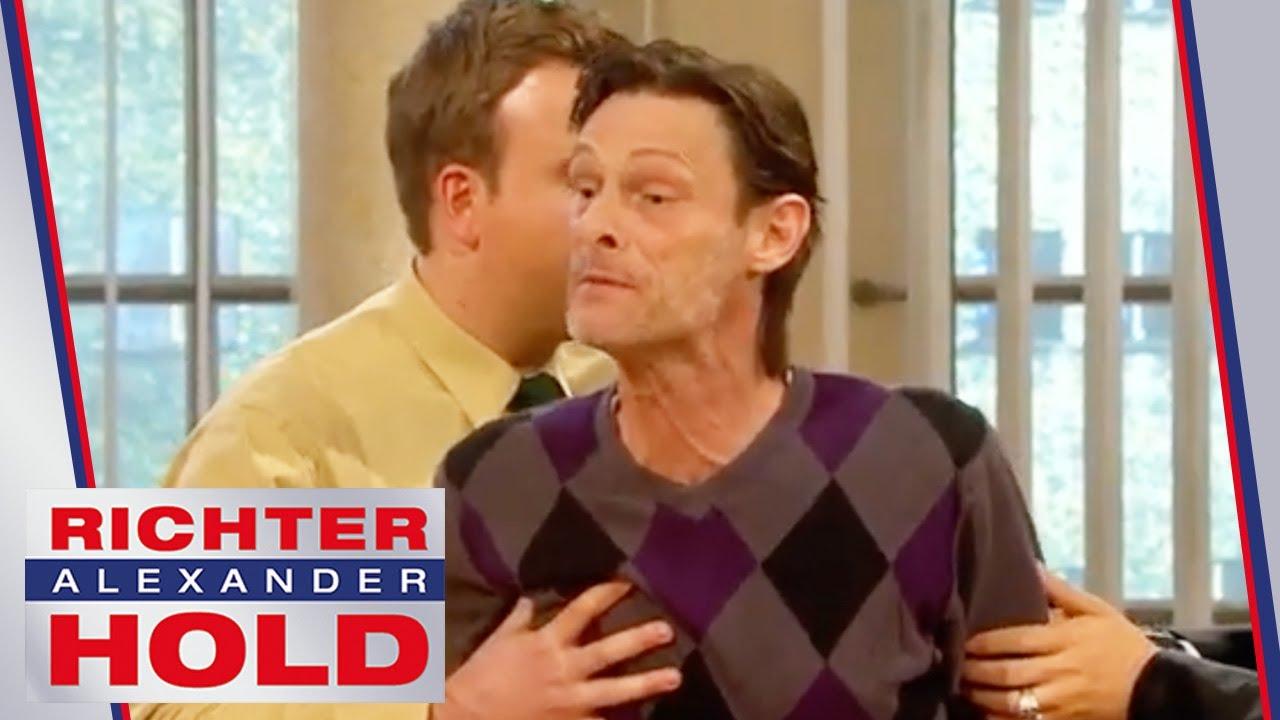"""""""Du hast meinen Jungen totgefahren!"""" Vater rastet aus!   2/2   Richter Alexander Hold   SAT.1"""
