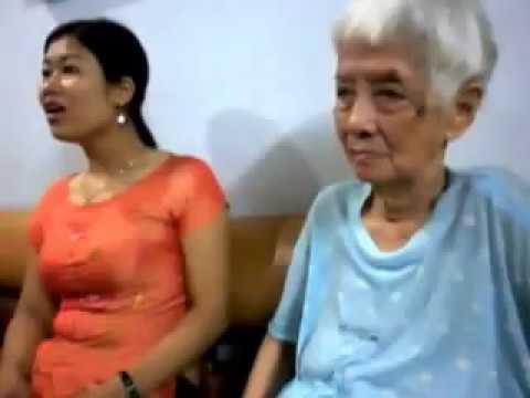 Ngồi buồn nhớ mẹ ta xưa-hát tặng cụ Phạm Thị Minh Mỵ.MOV