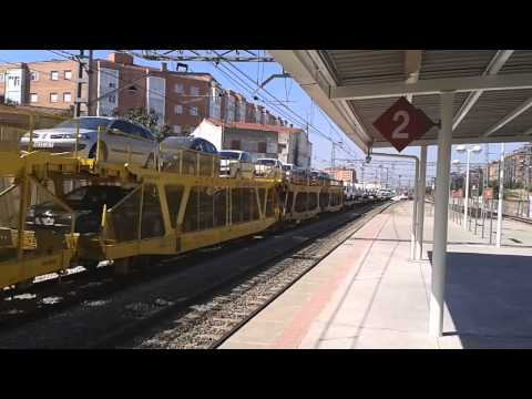 Renfe 253 con portacoches renting + 465 de acople por Vallecas Videos De Viajes