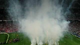 Bayern-Inter 0-2  La Premiazione Finale da BRIVIDI!!!.AVI