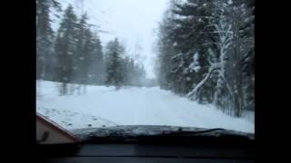 Готовить автомобиль к зимним условиям необходимо обязательно.