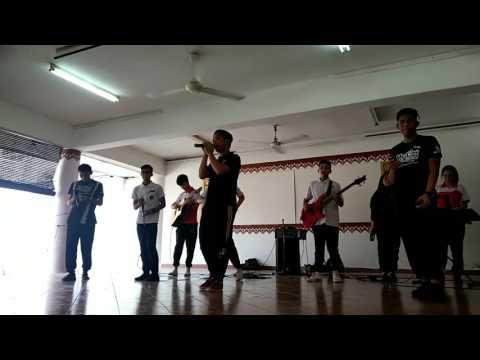Negaraku - Faizal tahir live at SMK Bukit Jalil (cover)
