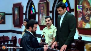 Adaalat - Khooni Putla - Episode 328 - 23rd May 2014