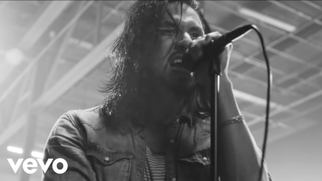 Pop Evil - Waking Lions (Official Music Video)