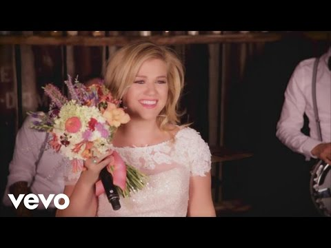 Kelly Clarkson - Tie It Up (Behind The Scenes)