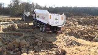 MAN TGA 8x8 Dump truck / Wheel Loader 586