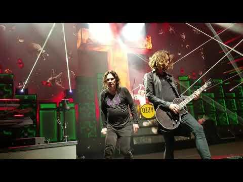 Ozzy Osbourne  Paranoid; DTE Energy Music Theater; Clarkston MI; 9192018