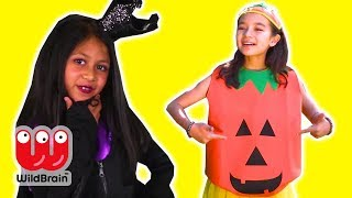 HALLOWEEN TRICK OR TREAT 🎃 Candy, Pranks & More - Princesses In Real Life | WildBrain Kiddyzuzaa