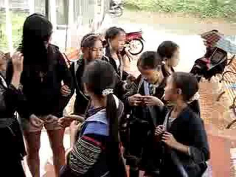 Hmong Girls in Sapa