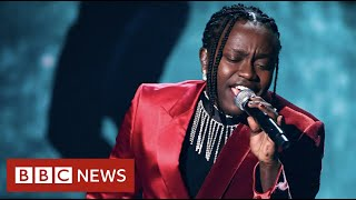 From child refugee to Swedish pop star- BBC News