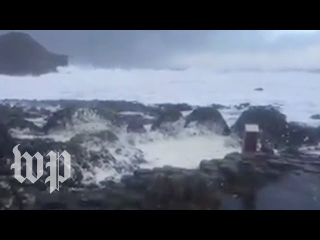 """This is how a 'bomb cyclone"""" comes alive"""