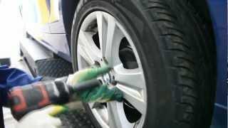 Шиномонтаж для BMW - RUNFLAT ЦЕНТР(Первый специализированный шиномонтаж - RUNFLAT ЦЕНТР. Продажа шин Runflat. 3й Силикатный проезд д1к1 8 (495) 225-57-51., 2012-09-22T14:09:42.000Z)