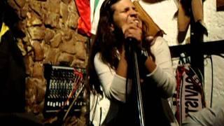 Caetano Veloso - Sozinho (carolina's cover live)