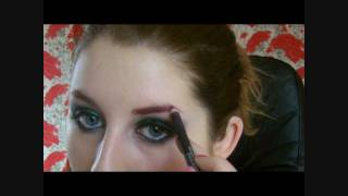 Green Glitter eyes and Pink eyebrows tutorial (Dramatic look) Thumbnail