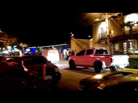 tamarindo costa rica at night