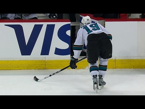 Thornton forced to leave due to leg injury