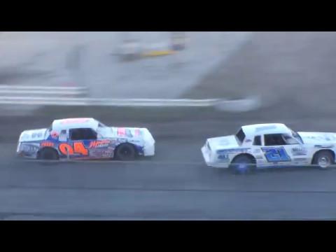Nodak Speedway IMCA Stock Car Heats (5/14/17)