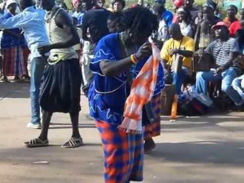 DANSE TINA TINA EN GUINEE BISSAU