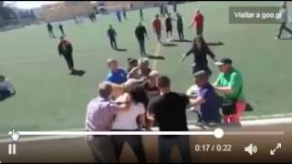 BRUTAL PELEA ENTRE PADRES EN UN PARTIDO DE FÚTBOL EN MALLORCA!!