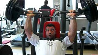 Manolis Karamanlakis trains at Maxximum gym part II
