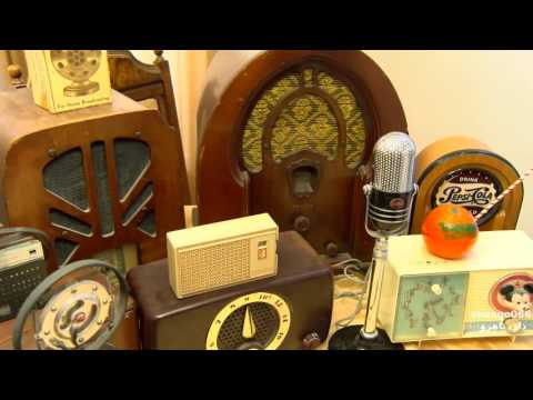 A Look At Davids Vintage Radio Collection
