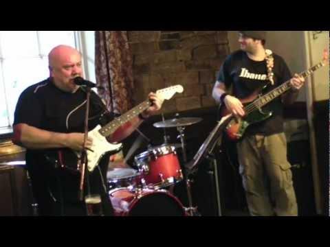 The Heat - Kings Head - Sun 21 Mar 10 (20) Wig Wam Bam.MP4