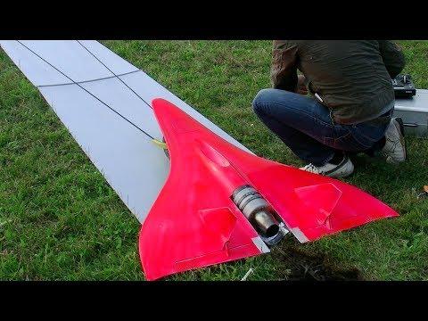 fastest-rc-turbine-model-jet-in-action-727kmh-451mph-flight-training-world-record-training-part-2