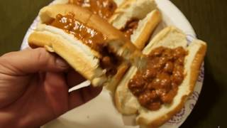 eat canned Chili With Beans in Hotdog Bun