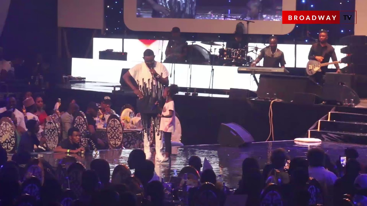 AY Brings Out Success On Stage At AY LIVE 2019
