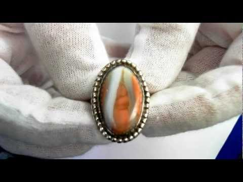 Vintage American Indian Ring(Circa 1950) - Sterling & Natural Agate
