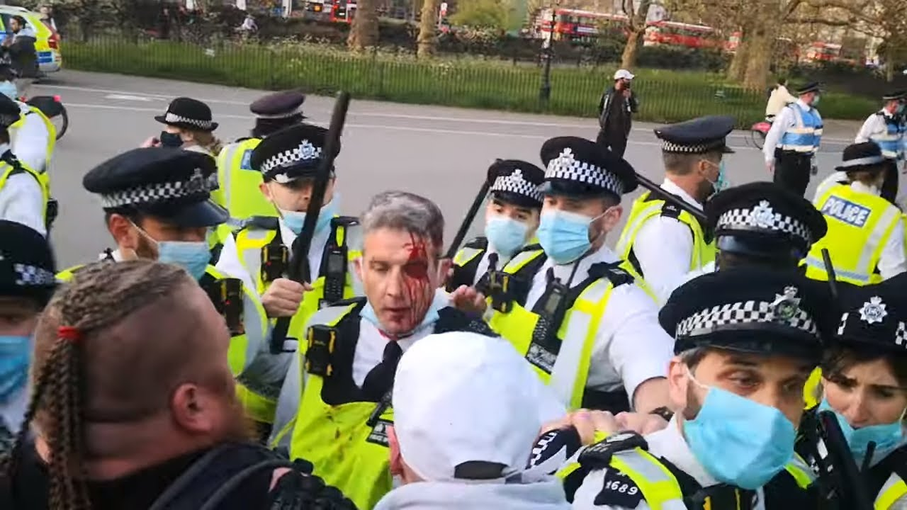 Police Try to End Party in Hyde Park and it Backfires