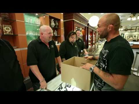 MMA Awards: Randy Couture visits Pawn Stars