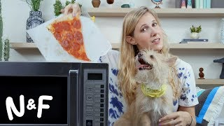 Why microwaving pizza could screw up your Wi-Fi thumbnail