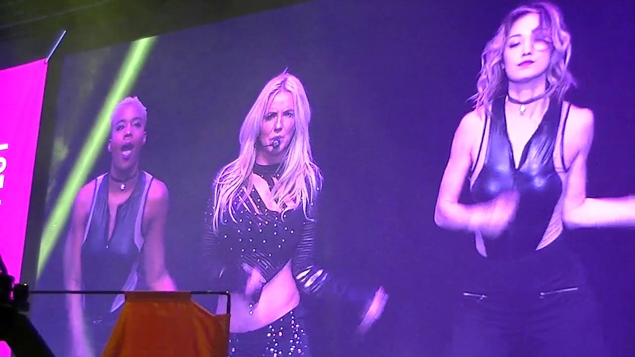 Britney Spears Impersonator Las Vegas 5