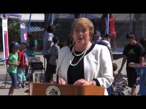 Presidenta de la República inauguró programa Escuelas Abiertas en la Región Metropolitana