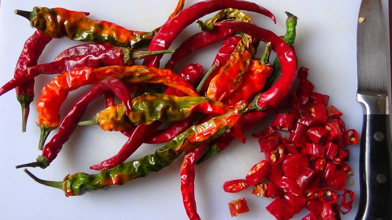 How To Make Italian Hot Chilli Oil Piccante Youtube
