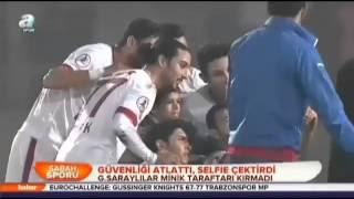Güvenliği atlattı, selfie çektirdi Galatasaray'ın Balçova Yaşamspor'u 9-1 yendiği maçın ardından