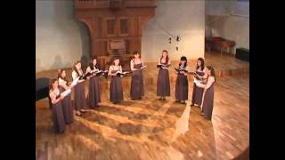 Britten-A Ceremony of Carols.As dew in Aprille - Copy.wmv
